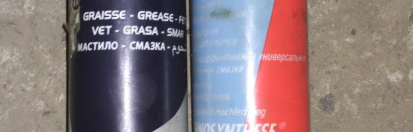 Смазка марки Motul TECH (TECHGREASE) GREASE 300 — качественный адгезионный продукт категории NLGI2
